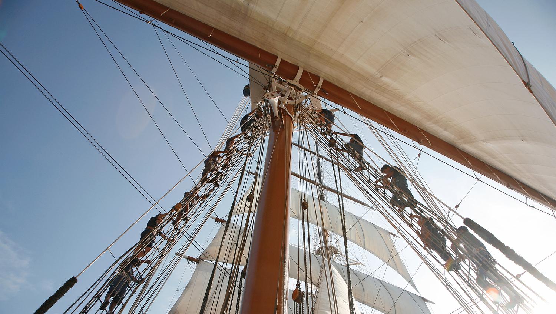 SeaCloud_II_SailingCrew_15small